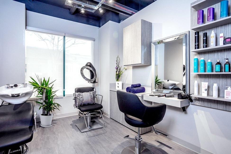 private studio salon